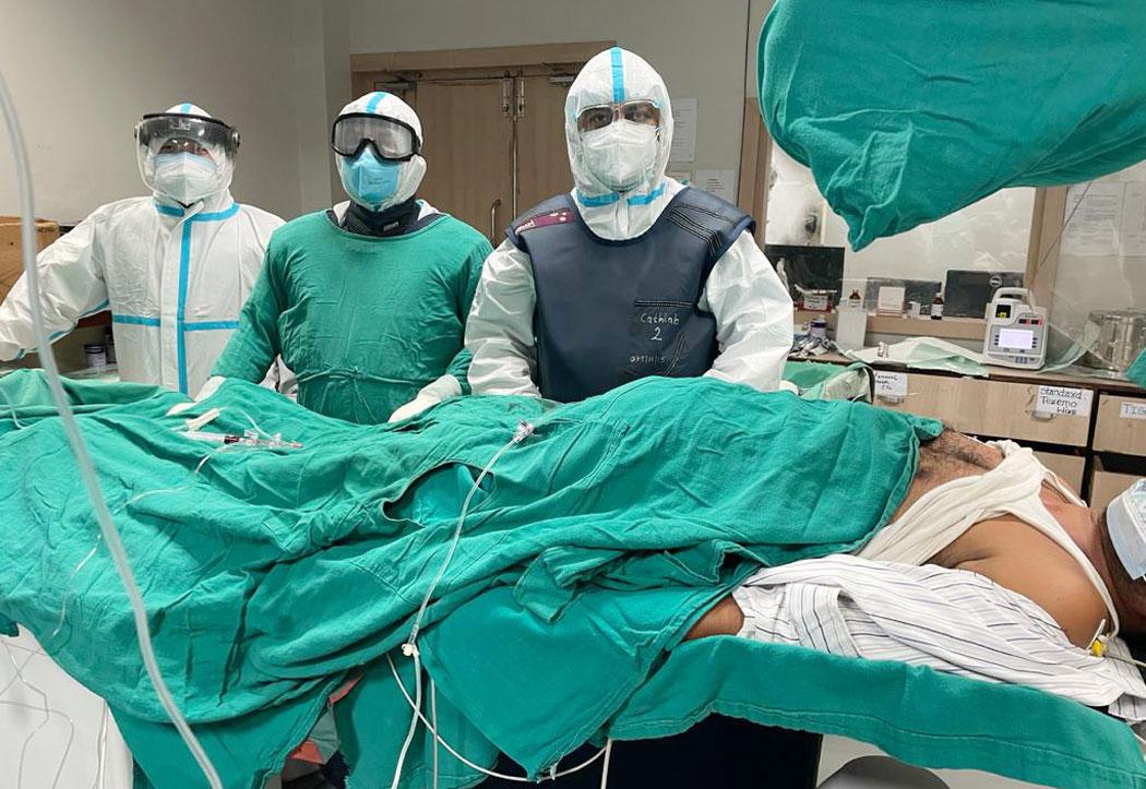 हृदयघात भएका कोरोना संक्रमितको नोबेलमा गरियो शल्यक्रिया
