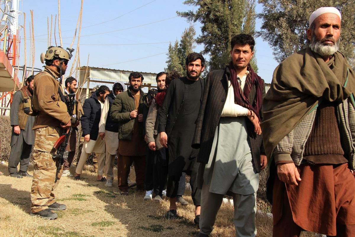 अमेरिकी सेनाले छाडेको ४५ दिनमै ढल्यो अफगान सत्ता !